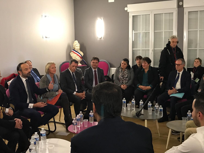 Aljp Jean Pierre Paray invité par Dominique Gillot participe à la table ronde avec le premier ministre Edouard philippe