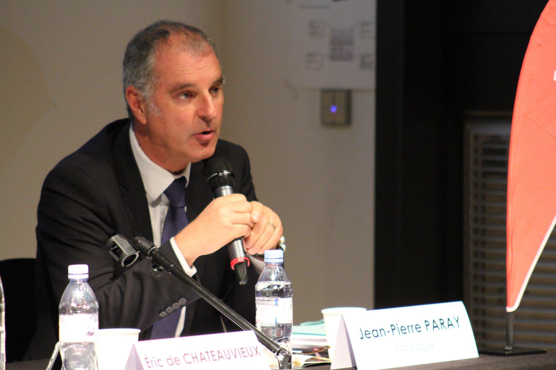 ean Pierre Paray est intervenu devant plus de 100 personnes à la Mutualité Francaise sur la Santé au Travail
